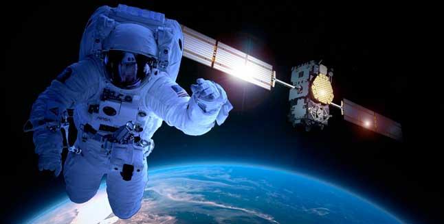 космонавт, Земля, космос, спутник, Солнце