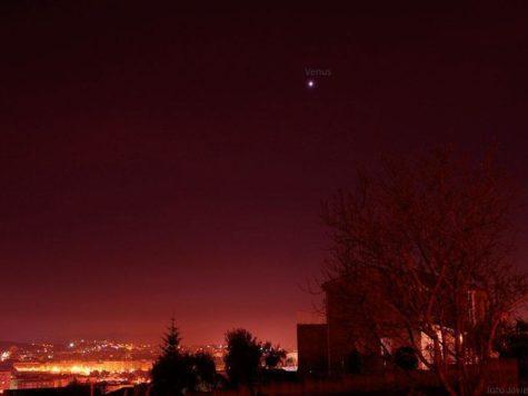 Ночное небо, Венера, планета, город, здания, огни, свет